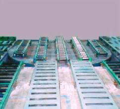 Industrial Turntables for redirecting conveyor lines during production